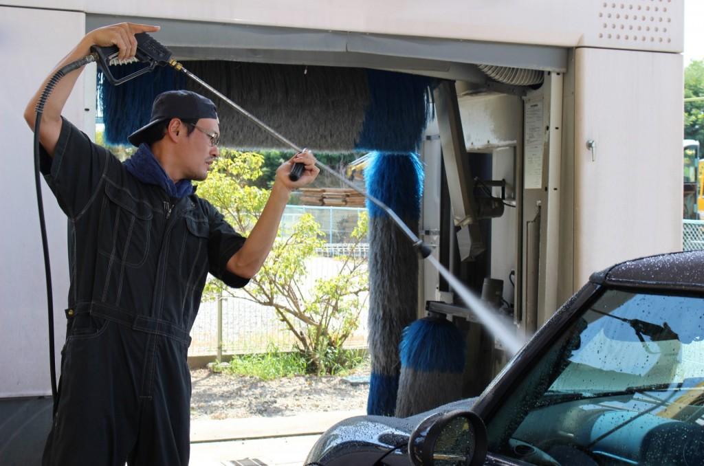 高圧洗浄機で手洗い洗車